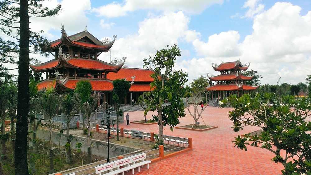 Thiền Viện Trúc Lâm Phương Nam - điểm đến tour Cần Thơ ưa thích của nhiều du khách. tour du lich can tho.