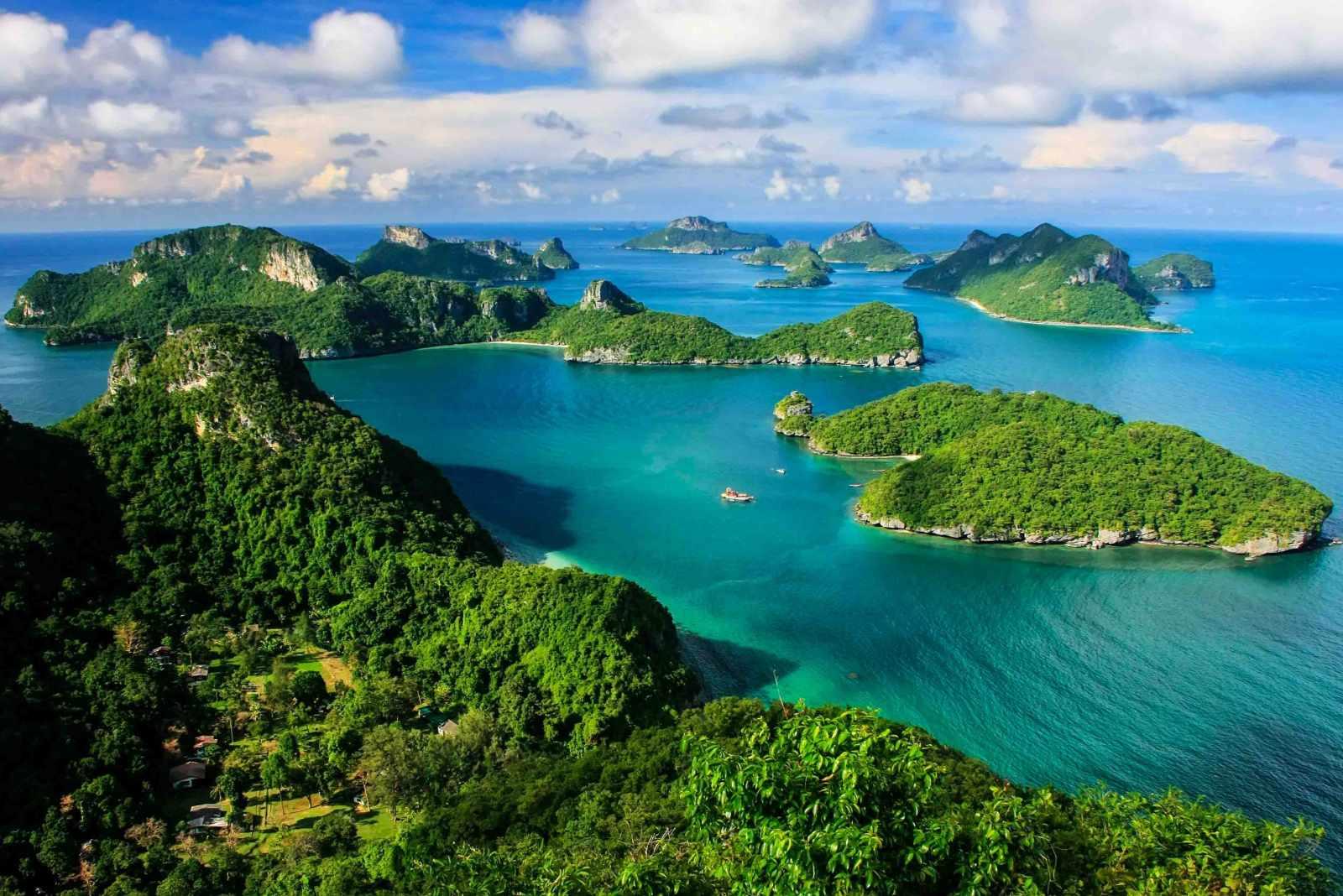 Không chỉ sở hữu các di tích ấn tượng, tour châu Á Thái Lan sẽ khiến bạn bất ngờ trước những quang cảnh thiên nhiên đẹp như thế này.