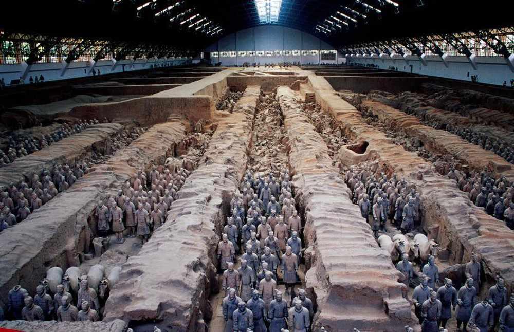 Lăng mộ Tần Thủy Hoàng cũng rất thu hút khách du lịch châu Á.