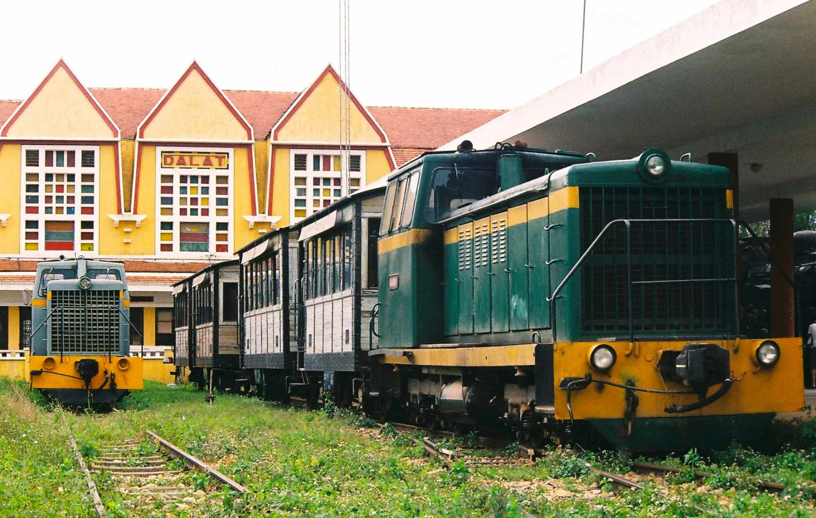 Tour Đà Lạt - Tham quan một trong những nhà ga cổ và đẹp nhất Đông Dương