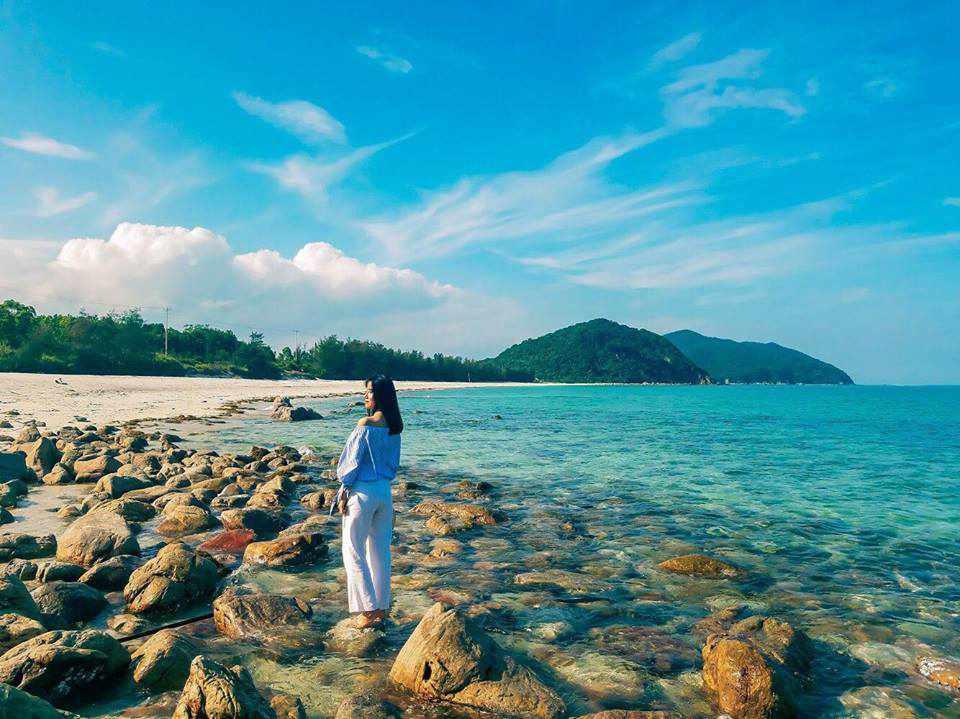 Biển Quan Lạn cũng là một điểm đến tuyệt vời cho tour du lịch Đông Bắc đến Quảng Ninh của bạn.