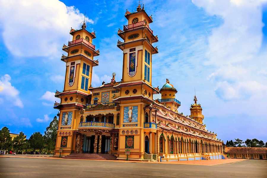 Tour du lịch miền Nam - Toà thánh Tây Ninh