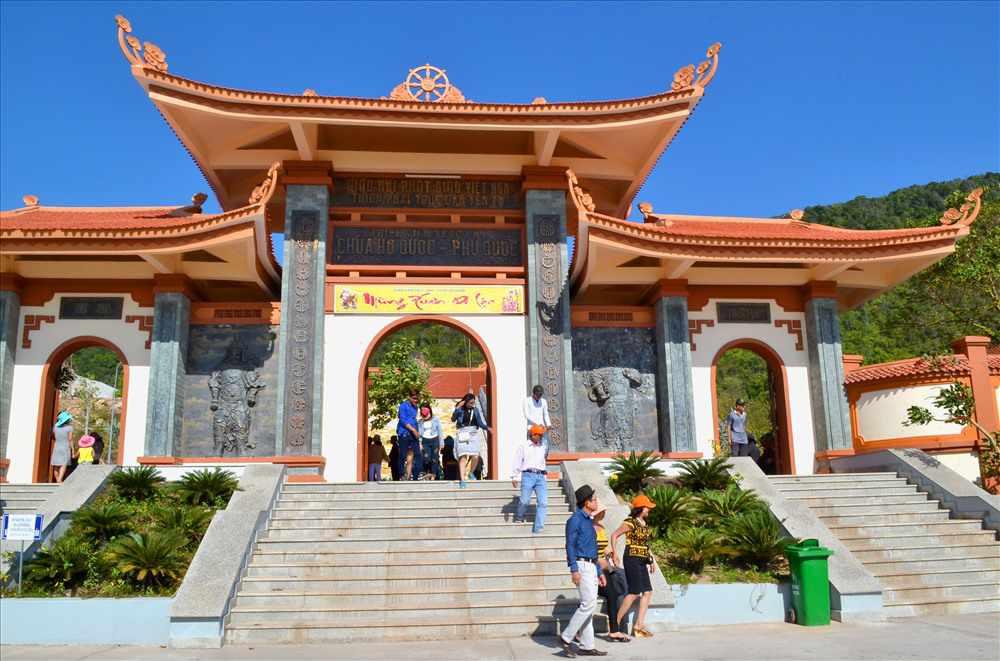 Tour du lịch miền Nam - Thiền Viện Trúc Lâm Hộ Quốc
