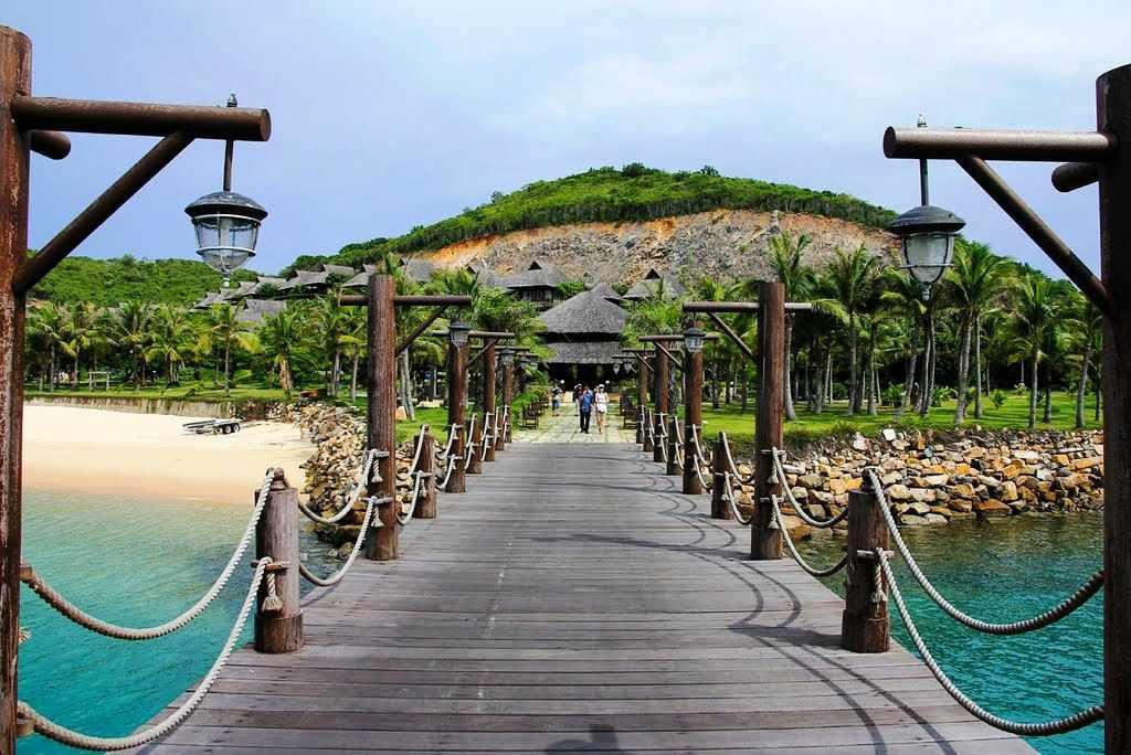 Tour Nha Trang - Du lịch Nha Trang thưởng thức ẩm thực hấp dẫn tại đảo Hòn Tằm