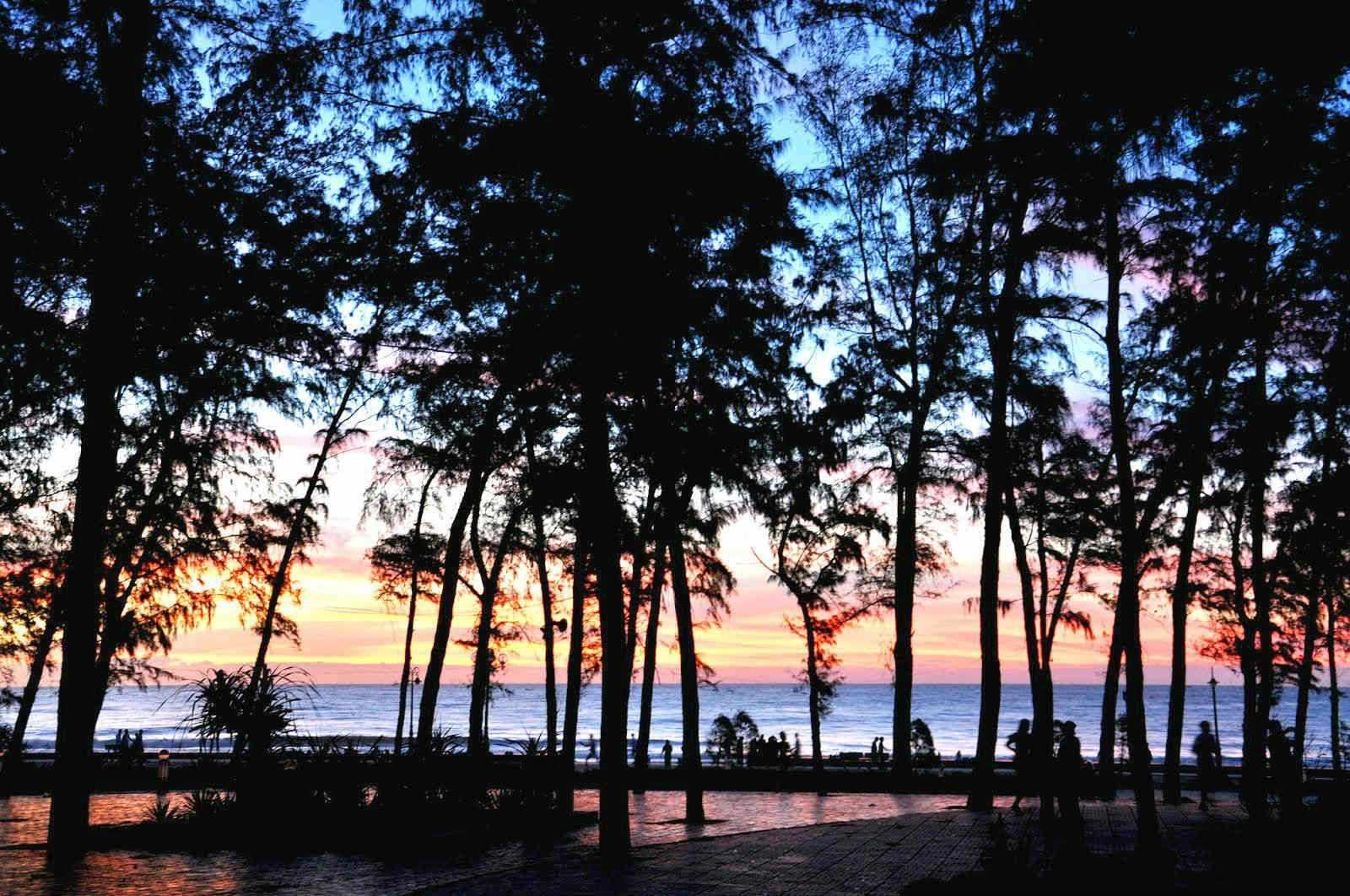 Tour Phan Thiết - Hoàng hôn ráng vàng cả vùng trời biển Đồi Dương