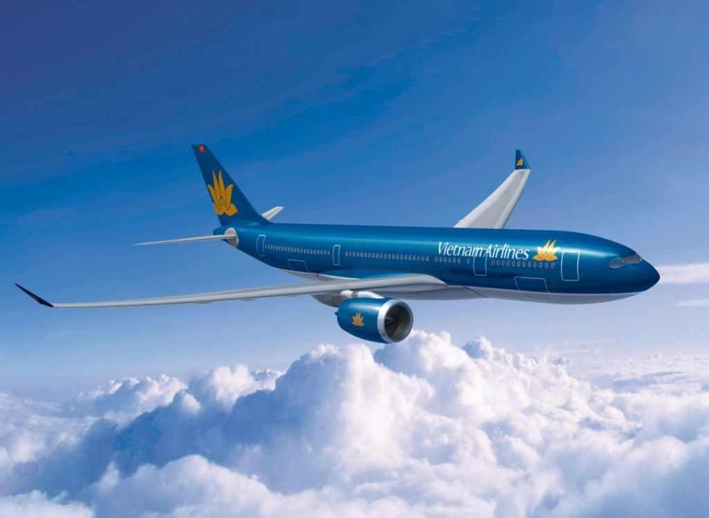 Máy bay là phương tiện được nhiều khách du lịch Quảng Bình chọn lựa.