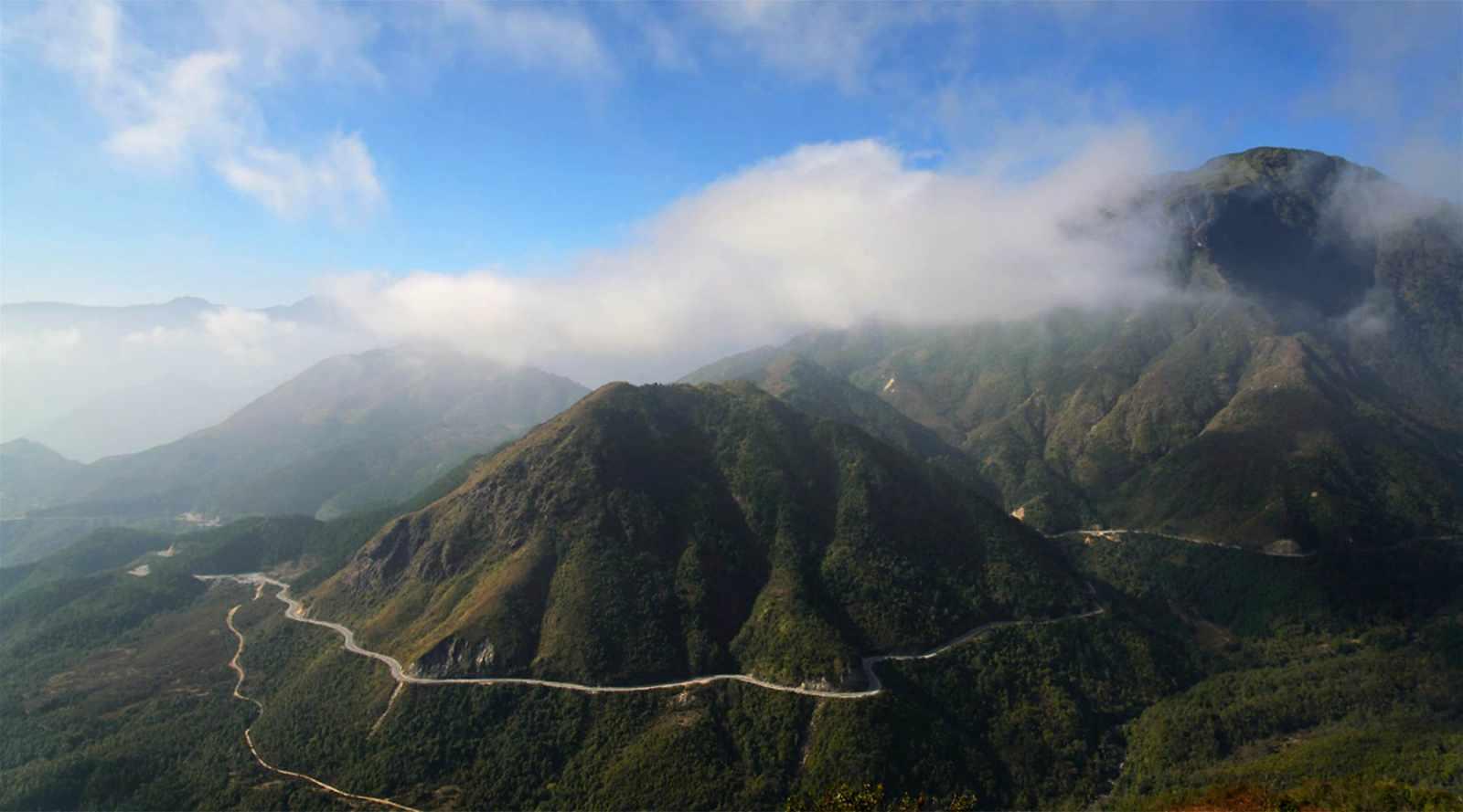Tour Tây Bắc - Đèo Ô Quy Hồ, ngọn đèo cao nhất Việt Nam