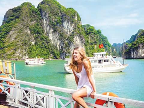 Du lịch Miền Bắc khám phá Hạ Long 3 ngày 2 đêm khởi hành từ Sài Gòn – Ngủ vịnh